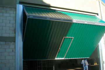 reparacion-de-puertas-basculantes-en-tarifa